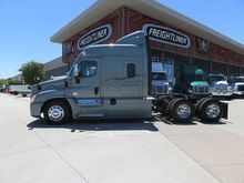 Used 2014 FREIGHTLIN