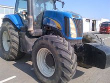 2006 NEW HOLLAND T8040