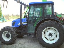 NEW HOLLAND TN75SA CABINATO