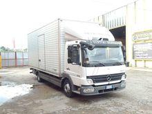 2009 Mercedes-Benz ATEGO1529