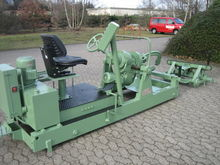 Hydraulic clamping carriage