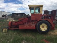 1988 New Holland 1425 Small squ