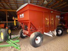 Harvesting equipment - : 1982 M