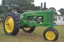 John Deere 1942A Farm Tractors