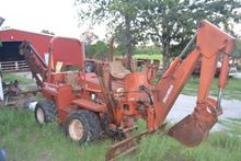 Trencher : Ditch Witch 4010DD T