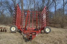 tillage equipment : 2013 McFarl