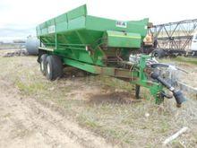 farm trailer : 2008 Barron Brot