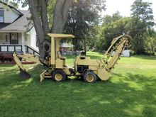 Trencher : 1976 New Holland T-5