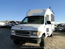 2001 Ford E350 Commercial Vehic