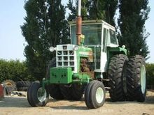 1968 Oliver 1950-T Farm Tractor