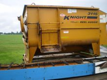 2003 Kuhn Knight 3115 Mixer
