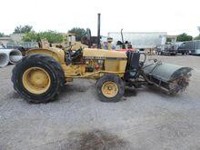 1986 John Deere 2150 Sweeper