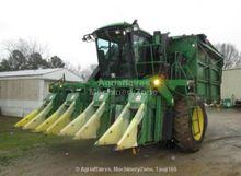 Harvesting equipment - : John D