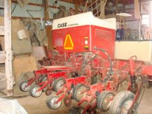 Seed Drill - : 1990 Case-IH 800