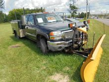 2004 GMC 3500 Commercial Vehicl
