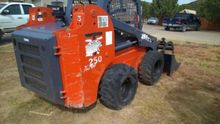 2008 Thomas 250 Skid Steer Load