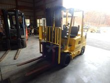 2005 Hyster S60XMM Gas Forklift