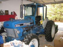 1990 Ford 3930 Farm Tractors