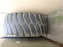 Tyres : 2006 General 33.5-39