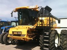 Used 2006 HOLLAND CR
