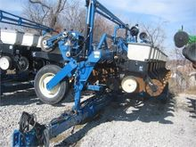 Used KINZE 2600 in S