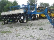 Used KINZE 3700 in S