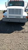 2001 IHC TRUCK CHASSIS
