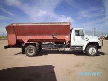 1987 IHC 1754 W/OSWALT 530
