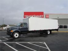 2004 Ford F650 26 Foot Box Truc