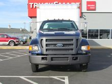 2004 Ford F650 Box/Straight