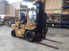 Used Caterpillar V80 Forklift for sale | Machinio