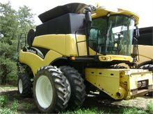 Used 2002 HOLLAND CR