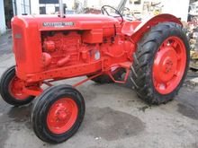 NUFFIELD TRACTOR SUPER 460