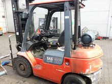 Used TOYOTA 42-7FGF2