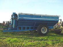 Used Kinze 840 in Am