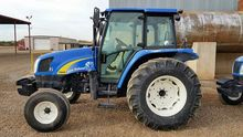 2009 New Holland T5040 2WD