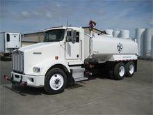 2004 KENWORTH T800