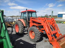 Used Kubota M105S in