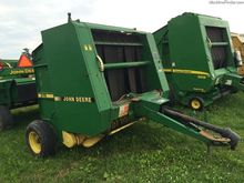 1990 John Deere 375