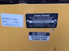 2016 John Deere 210G