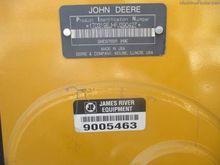2016 John Deere 319E