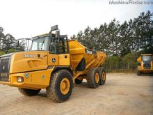 2013 John Deere 300D-II