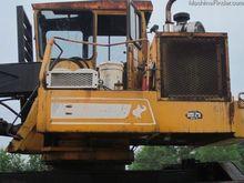 1998 Husky XL335