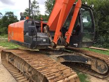 Used 2015 Hitachi 25