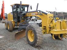 2011 John Deere 670GP