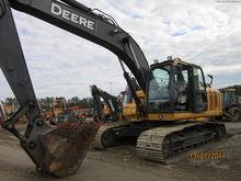 2015 John Deere 210G