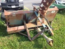 Used SNOW BLOWER 7'