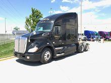2015 KENWORTH T680 Tandem Axle