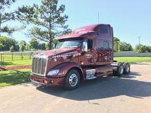 2015 PETERBILT 587 Tandem Axle