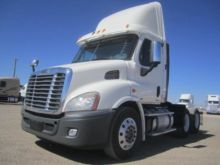 Used Freightliner Conventional trucks for sale in Ohio, USA